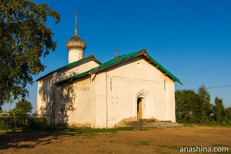 Церковь святителя Василия Кесарийского, Чернавино