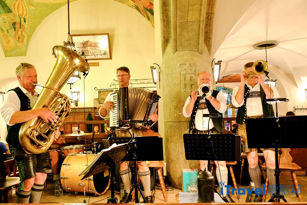 德國豬腳餐廳 皇家宮廷啤酒屋Hofbräuhaus am Platzl (1)