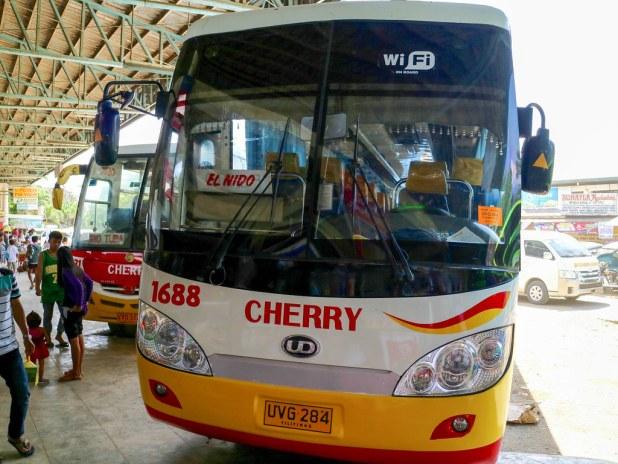 Autobus a El Nido