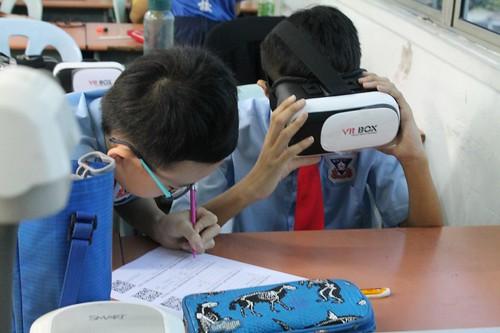 將VR技術帶入坤成小學活動課程 (1)