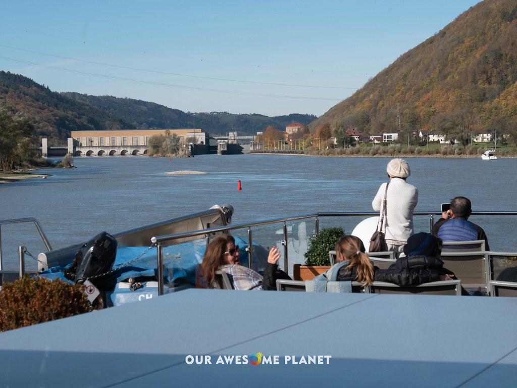 Cruisin Danube and locks-22.jpg