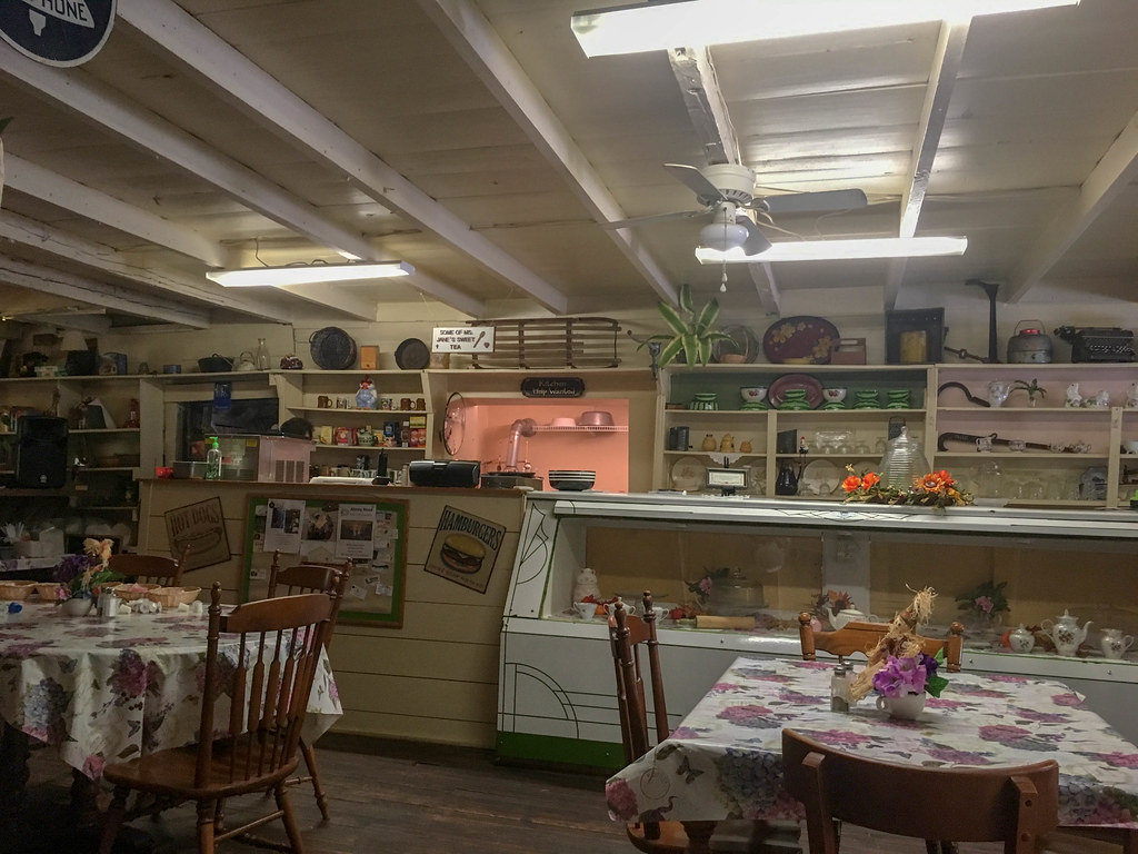 Martin Store and Beehive Cafe-006