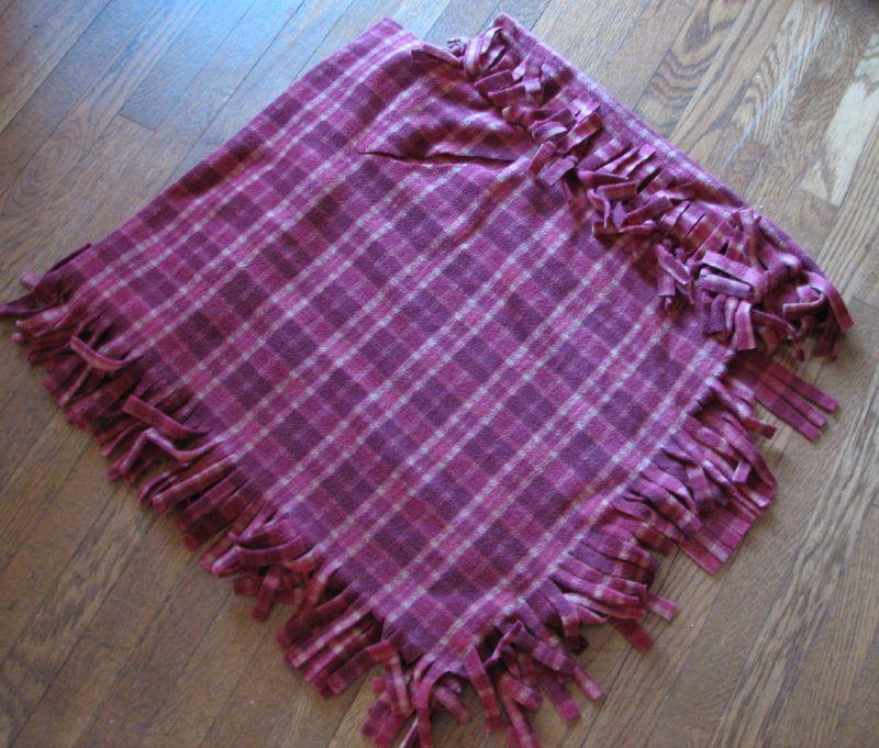 No-sew fleece babywearing poncho ver. 2.5 (4/4)