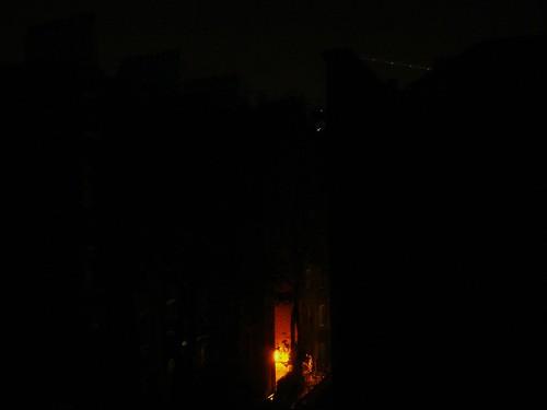 暗地裡的昏天 stilllive net