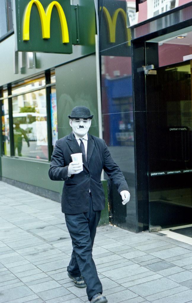 Charlie Chaplin takes a coffee break...