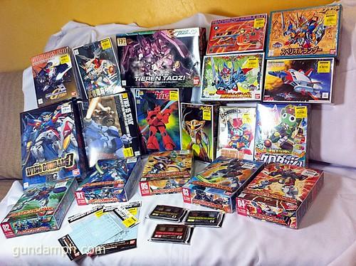 Old School 1/144 Gundams