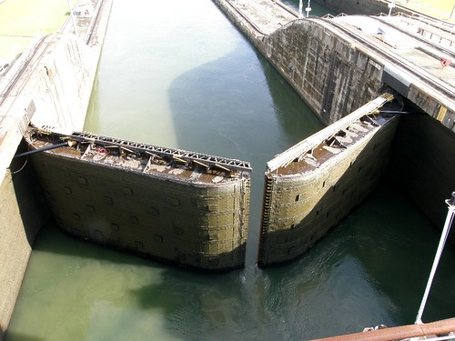 Nov 18 Gaton locks closing