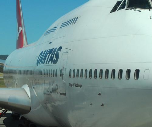 Qantas 747-300(3) (by planegeezer)