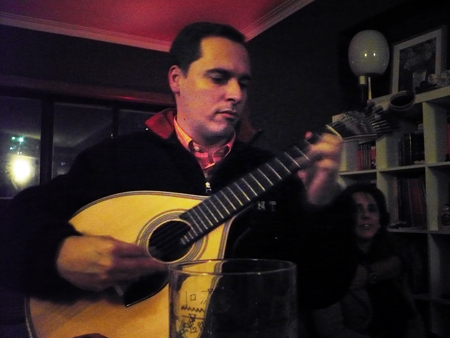#220 - Ricardo playing