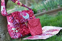 Nappy bag with accessories in Red