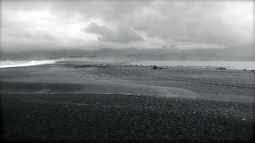 between ocean and lake