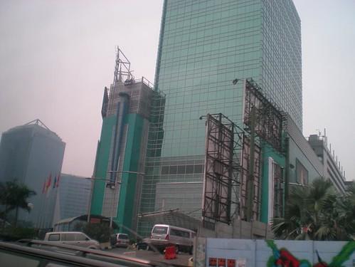gedung plaza semanggi
