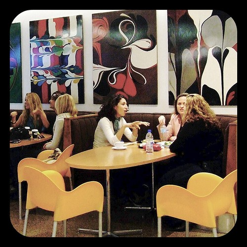 Sydney Cafe people in conversations TTV