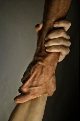 Un cop de mà