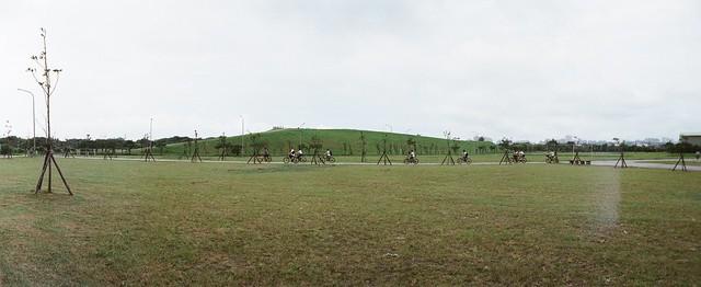 八里文化公園-騎鐵馬的少年
