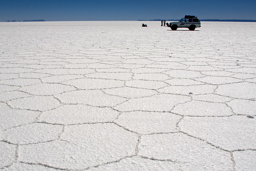 Un désert de sel blanc : le salar d'Uyuni