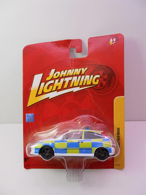 johnny lightning 2003 ford focus polizia (1)