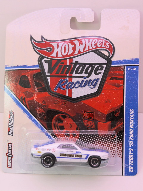 hot wheels vinatge racing ed terry's '70 ford mustang (1)
