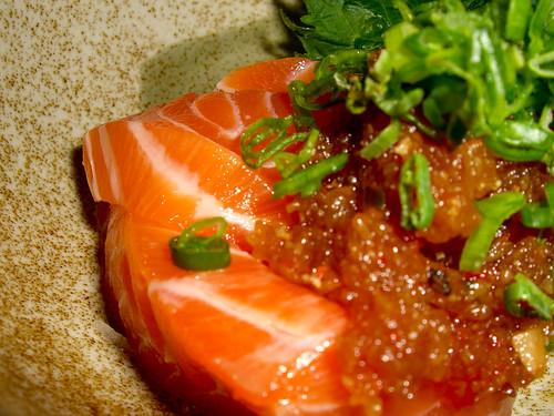 Guu Izakaya - spicy salmon sashimi