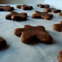 Basler Brunsli (Chocolate-Almond Spice Cookies)