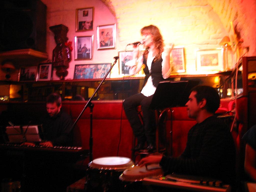 Grupo de Jaime Zelada en concierto