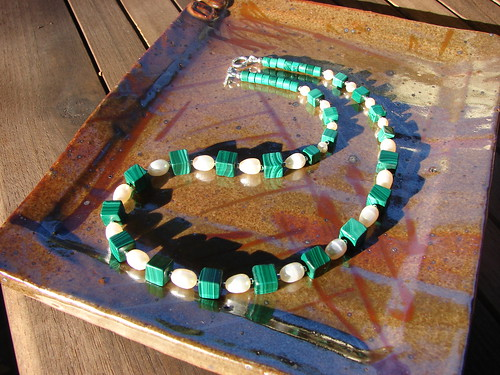 Malachite and cultured pearl necklace