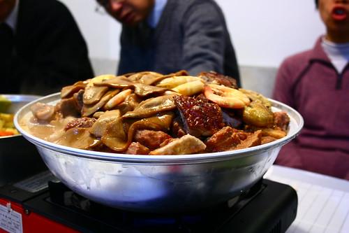 盆菜 | poon choi