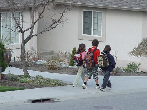 Kids Off 2 Skool....