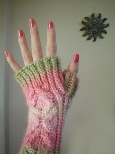 wrist warmers pink and green 3