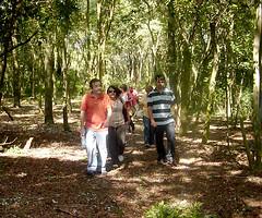 Equipe do Friburgo em trilha no Japi