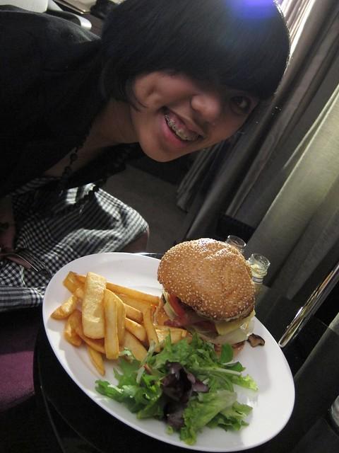 Ana's hamburger