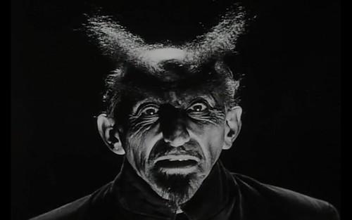 Der Teufel by ÈoÈ.