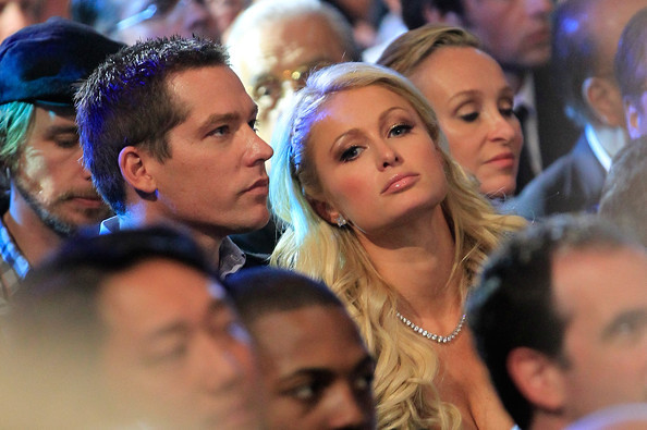 Paris+Hilton+Manny+Pacquiao+v+Shane+Mosley+ux-rMTTvdHFl