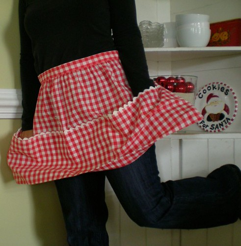 fun gingham apron