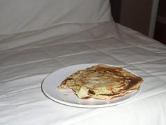 bacon and apple pancake