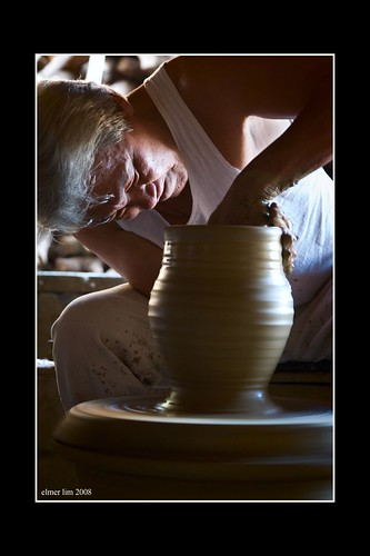 handicraft pottery burnay jar making Buhay Pinoy Philippines Filipino Pilipino  people pictures photos life Philippinen