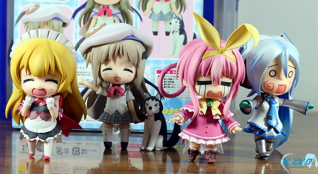 Kud: Minna-san, Strelka-chan won't bite you ...