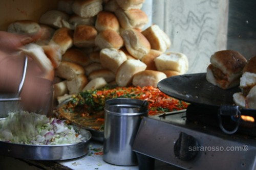 Dabeli being made on the streets of Navsari