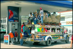 Crowded jeepney in CDO, Photo courtesy of nigel_xf at Flickr