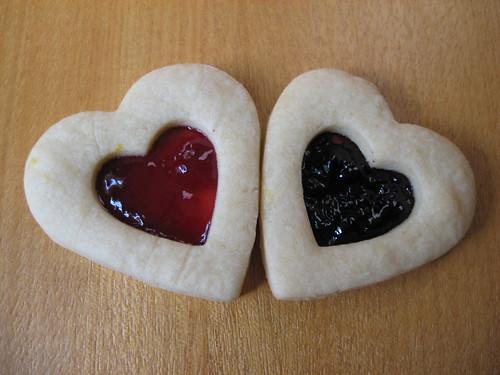 heart shaped tea cookies