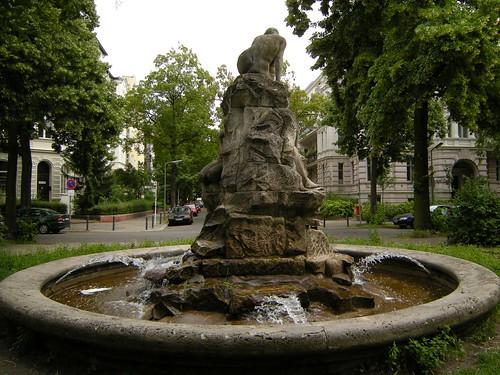 Brunnen auf dem Perelsplatz 5