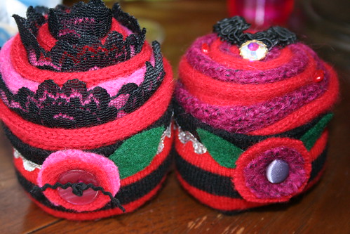 Making Knit Cupckes with Friends