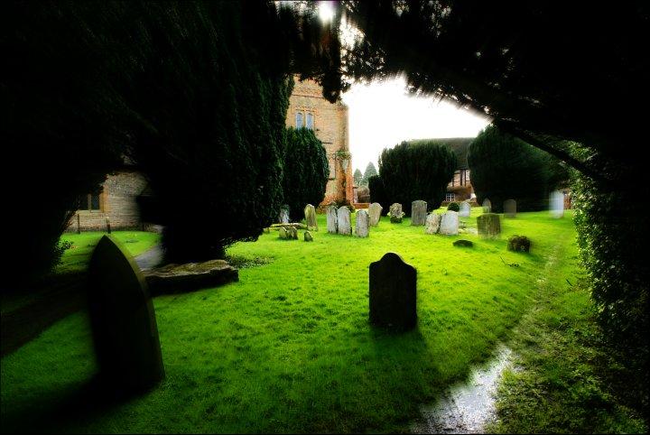Shinfield churchyard