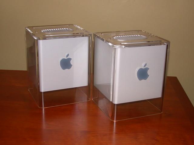 2 Cubes