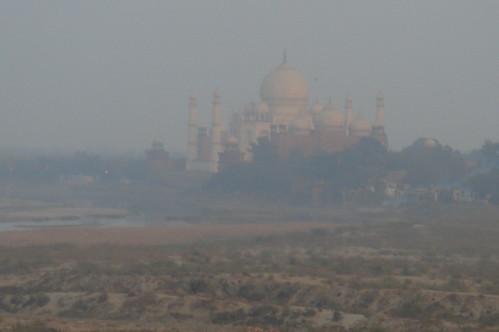Agra Fort 1-22 遠眺 Taj Mahal
