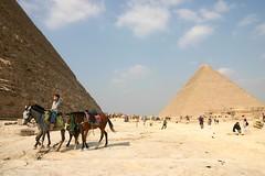 Touristenrummel an den Pyramiden 2