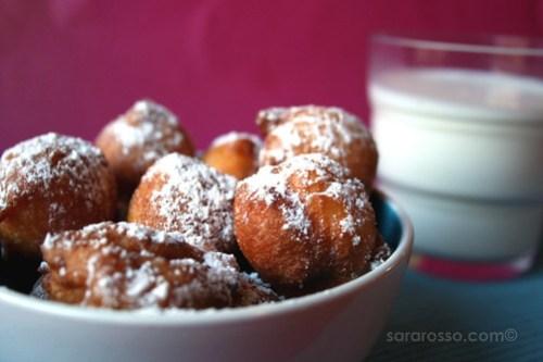 Palline di ricotta, Sweet, fried balls of ricotta