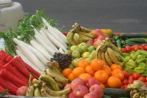 水上宮殿1-12旁邊賣水果