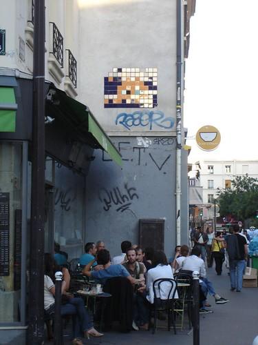 Mosaic Graffiti - Paris