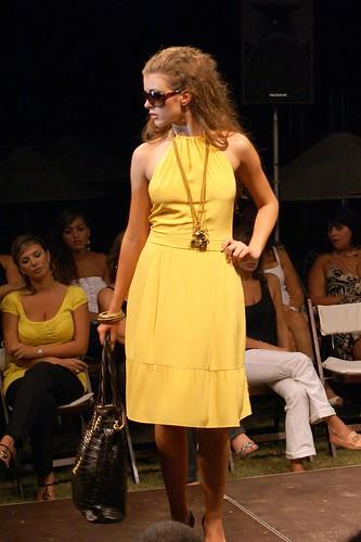 Yellow Dress - Dutti Beirut Fashion Show 2007 by -GT-.